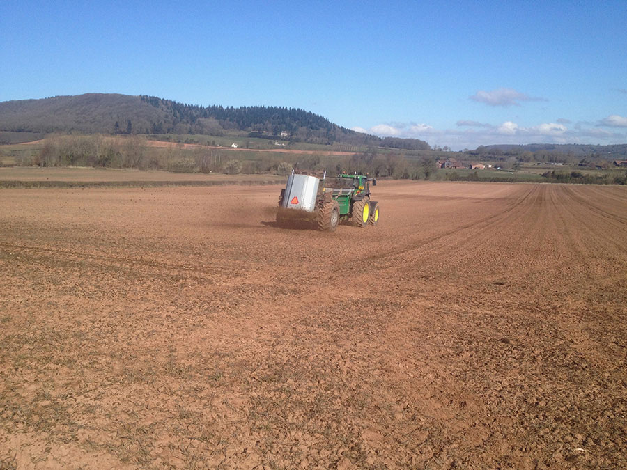 Muck spreading Herefordshire